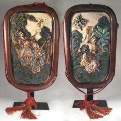 Japon,  Kyoto Satsuma, Paire de plaques murales par  Eizan Kawamoto, vers 1900