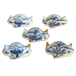 Chine, 5 plats  ko-sometsuke, Epoque Ming, période Tianqi 1621-1627